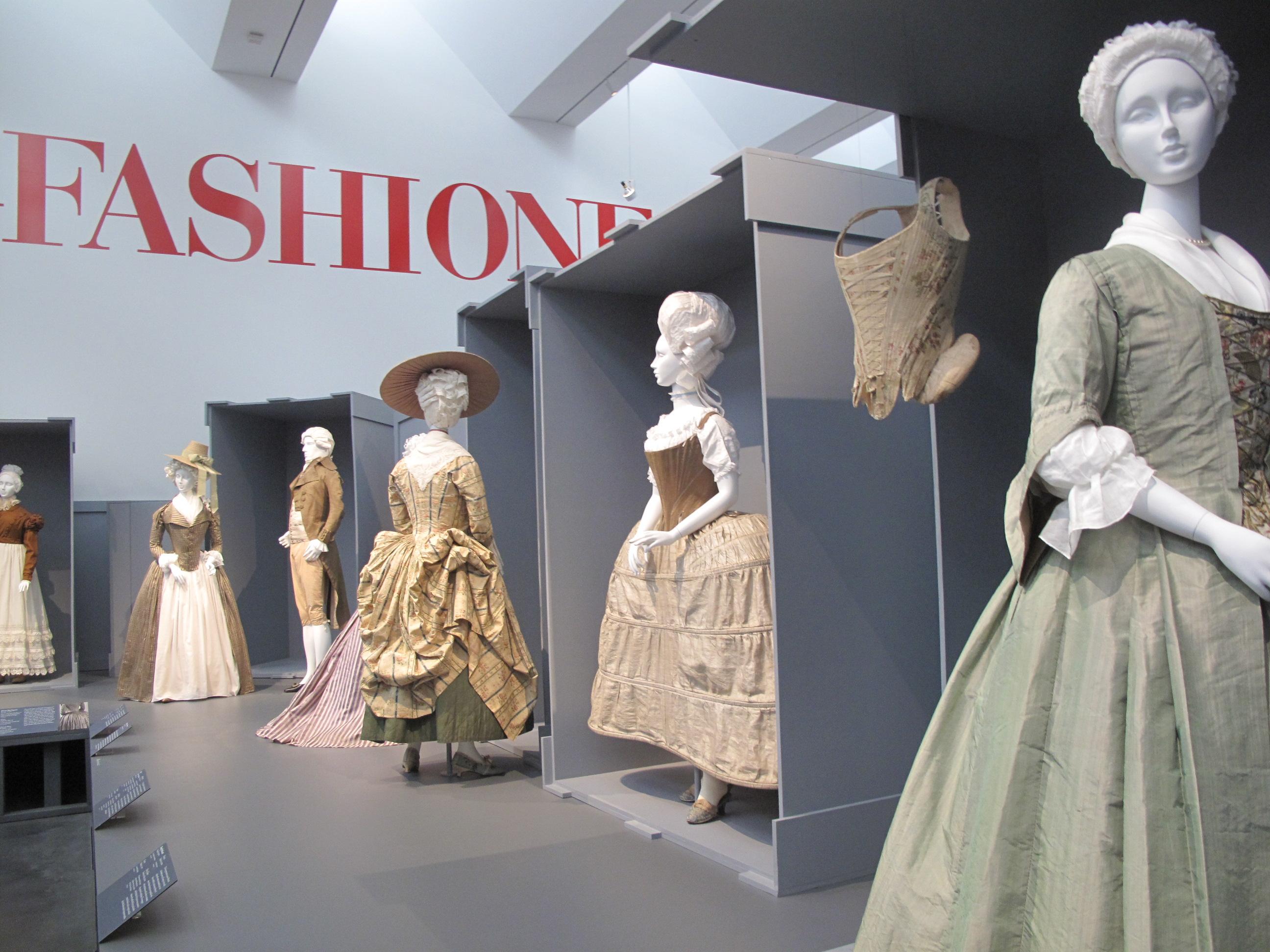 "Fashion Exhibition Booth : Museum stories ""fashioning fashion exhibition at lacma"